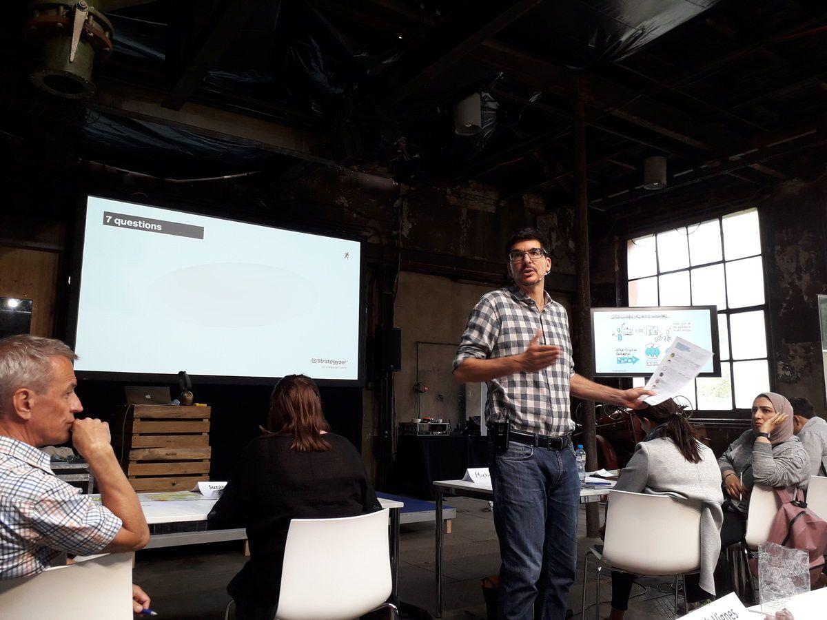 Alexander Osterwalder explains how to assess business models.