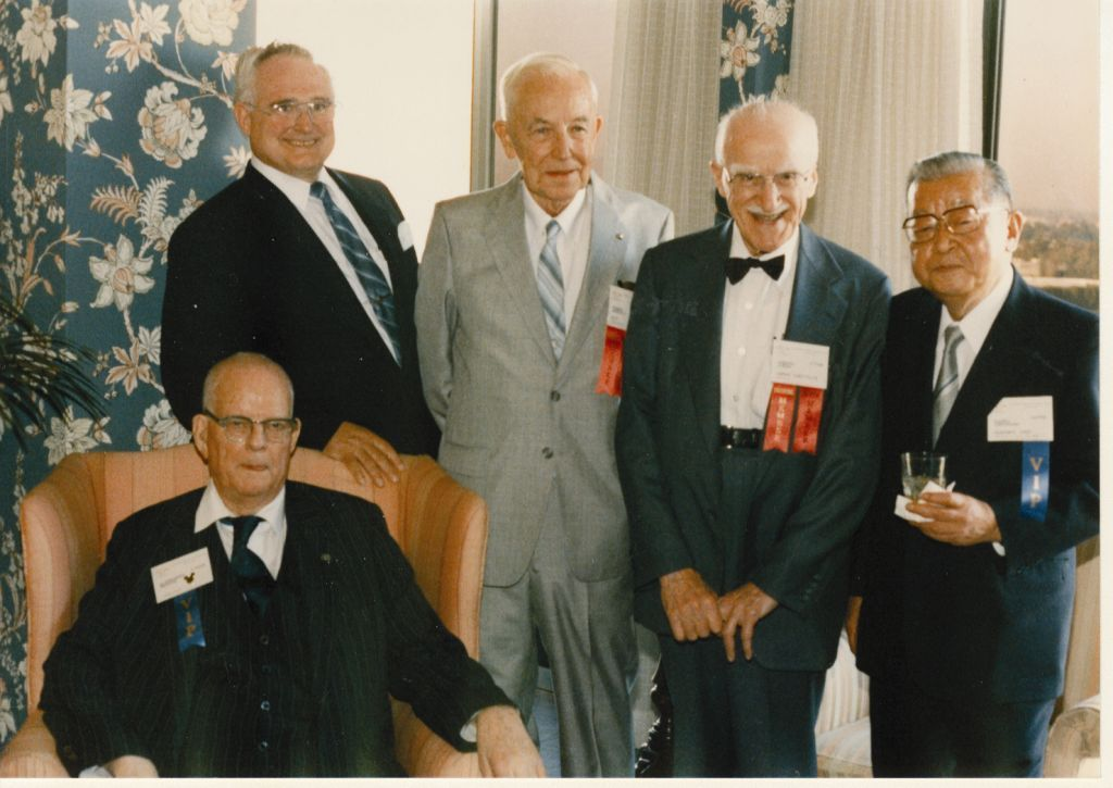 Figure: At the 1986 ASQ Annual Quality Congress, Juran (second from right) met with W. Edwards Deming (seated) and, from left, H. James Harrington, Mason Westcott and Kaoru Ishikawa (Phillips-Donaldson, 2004)